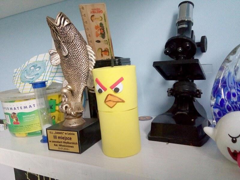 żółty angry birds pojemniczek